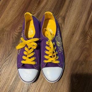 Ladies New Apple Bottom Sneakers!!